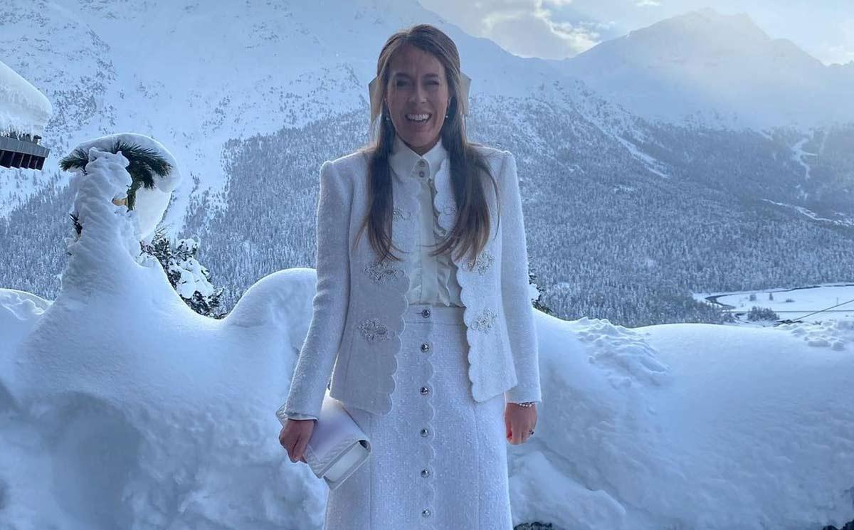 Nina Flohr apuesta por un diseño Alta Costura al estilo María Antonieta para su preboda