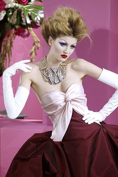 ¡El 'no va más'!: Joyas 'XXXXL' por Christian Dior