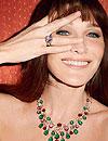 Carla Bruni posa como modelo de una firma de joyas