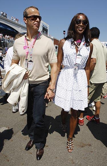 'Top' enamorada: Naomi Campbell acude a la Fórmula 1 junto a su novio, Vladimir Doronin