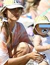 Alessandra Ambrosio, de vacaciones en Malibú junto a su hija