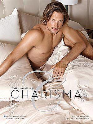 Gabriel Aubry, polifacético: desnudo para Charisma y elegante para Louis Vuitton y Hugo Boss