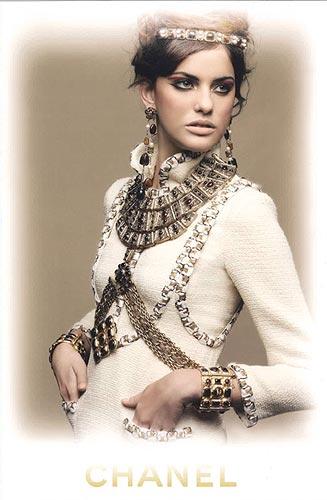 La modelo española Alejandra Alonso, estrella de esta primavera-verano 2011