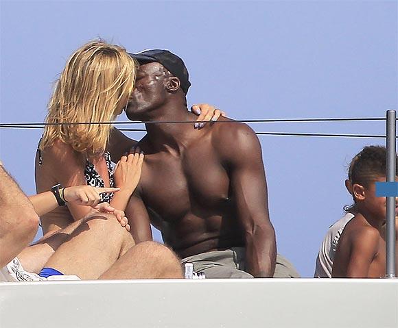 Heidi Klum, románticas vacaciones familiares por España