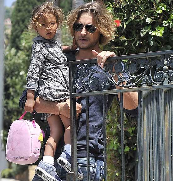 Gabriel Aubry, un padre 'modelo' para Nahla, la hija que tuvo con Halle Berry