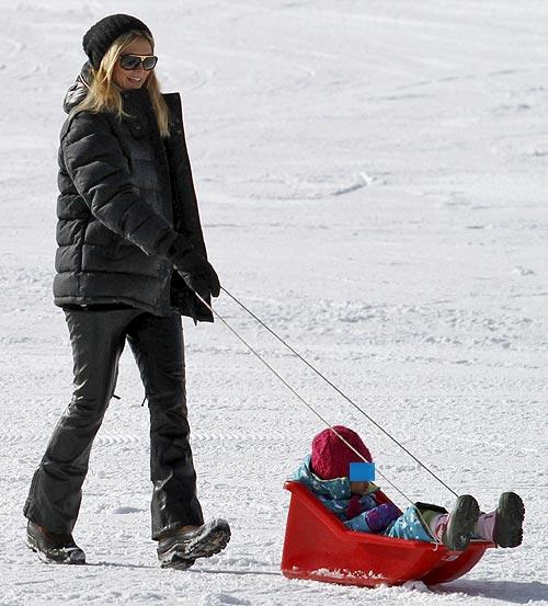 Bar Refaeli y Heidi Klum viven de forma muy diferente las navidades