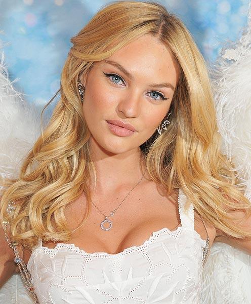 Candice Swanepoel se convierte en la 'mejor modelo' de 2011