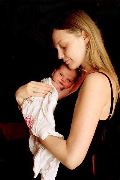 Sasha Pivovarova nos presenta a su primera hija, Mia Isis