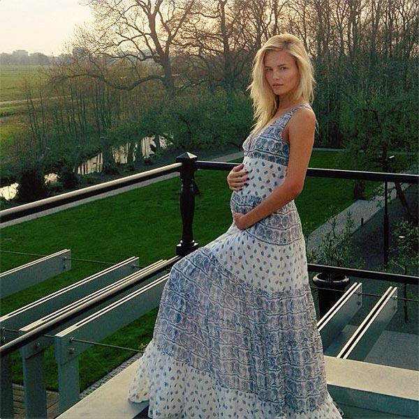 Natasha Poly, embarazada de su primer hijo