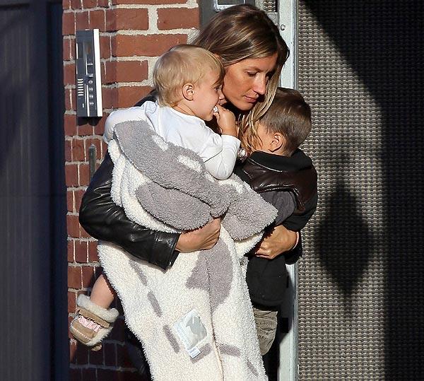 Mamás modelo: Gisele Bündchen y Cindy Crawford, fin de semana familiar