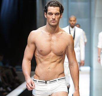 El estilo de David Gandy: 'sexy' en ropa íntima y de baño, y un refinado 'gentleman' con traje