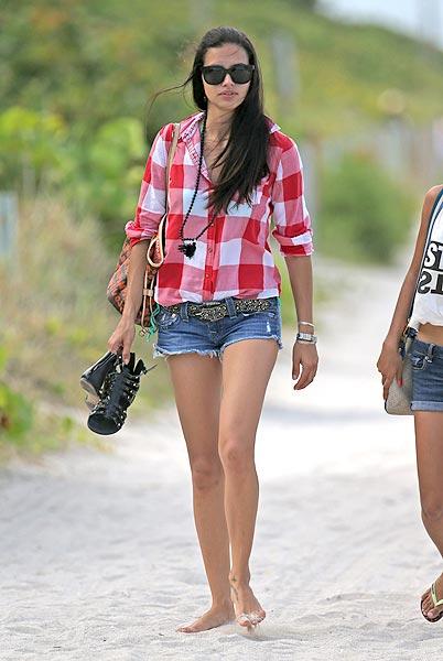 Adriana Lima 'beachwear'