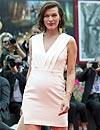 'Baby Bump' debut: Milla Jovovich luce su segundo embarazo en el Festival de Cine de Venecia