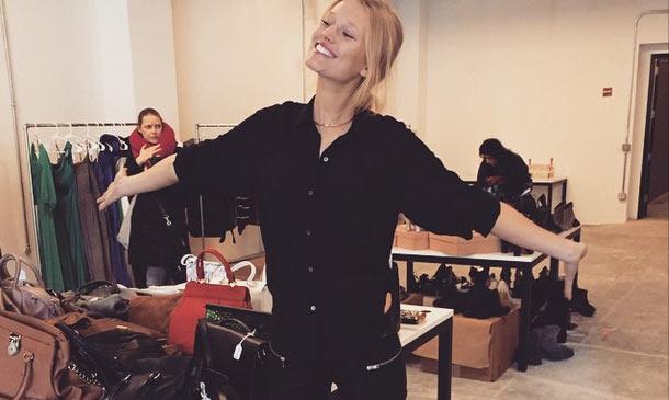 Toni Garrn: su armario a la venta por una causa solidaria