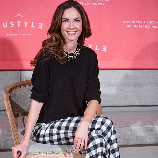 Eugenia Silva celebra el 2º aniversario de EUSTYLE: 'Son prendas que también yo me pongo'
