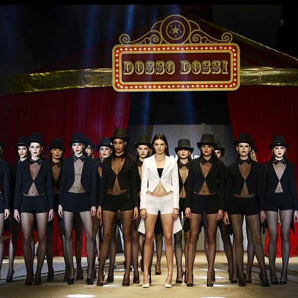 Kendall Jenner: Se ponga lo que se ponga, 'sus piernas al desnudo' lo dicen todo