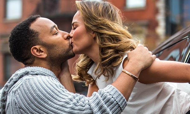 ¡Enhorabuena pareja! Chrissy Teigen y John Legend esperan su primer hijo
