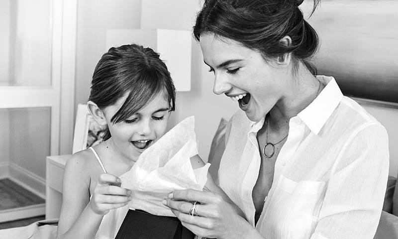 '¡Te quiero, mamá!': Las imágenes más tiernas de Alessandra Ambrosio con su hija, Anja
