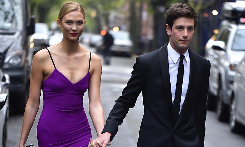 Karlie Kloss posa (por fin) con su novio, Joshua Kushner, cuñado de Ivanka Trump