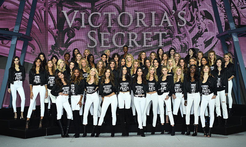 Bella y Gigi Hadid, Kendall Jenner... El 'casting' de modelos del Victoria's Secret Fashion Show 2016, al completo