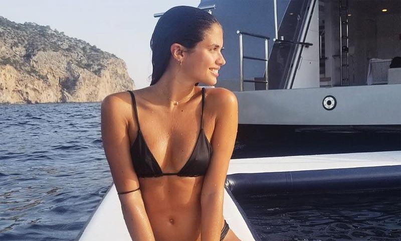 ¿Bikini o bañador? El álbum de verano más sexy de las supermodelos (y otras 'celebs')