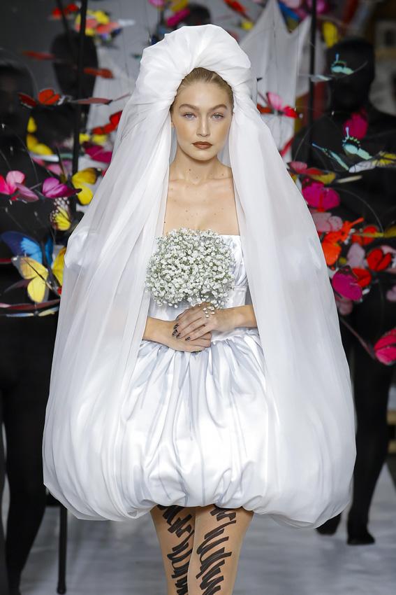 bella hadid dice que su futuro velo de novia será este diseño de