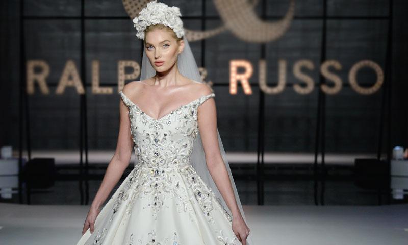 Elsa Hosk debuta en la Alta Costura convertida en novia