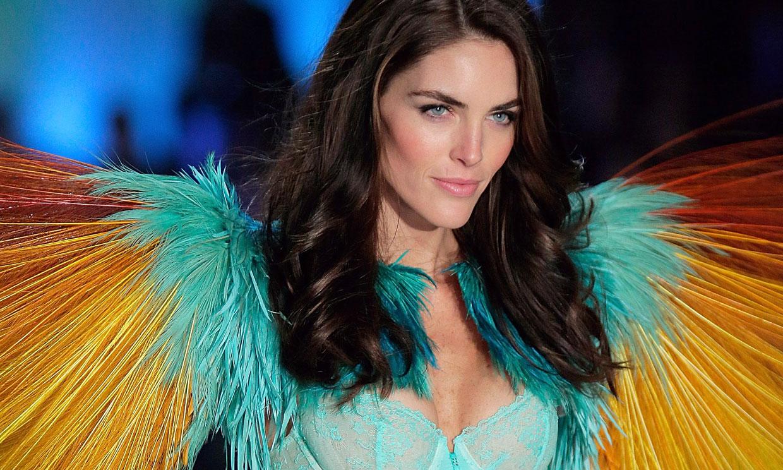 Hilary Rhoda, la 'top' que reinventa su estilo en el embarazo con moda española
