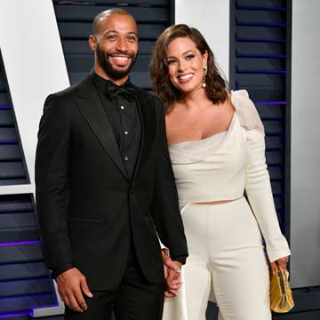 Ashley Graham y el director de cine Justin Ervin, preparados para dar una gran noticia