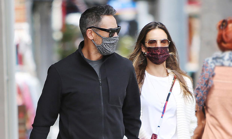 El romántico paseo de Alessandra Ambrosio y su novio, el modelo Richard Lee