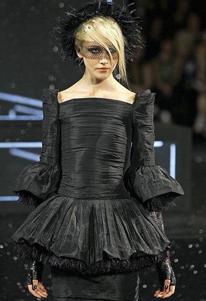 Alta Costura: Chanel y sus 'celebrities' más fieles conquistan París
