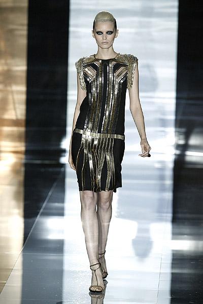 Gucci desvela cómo será su moda para primavera-verano 2012 en Milán