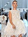 Kate Moss, de nuevo, estrella del desfile de Louis Vuitton en París
