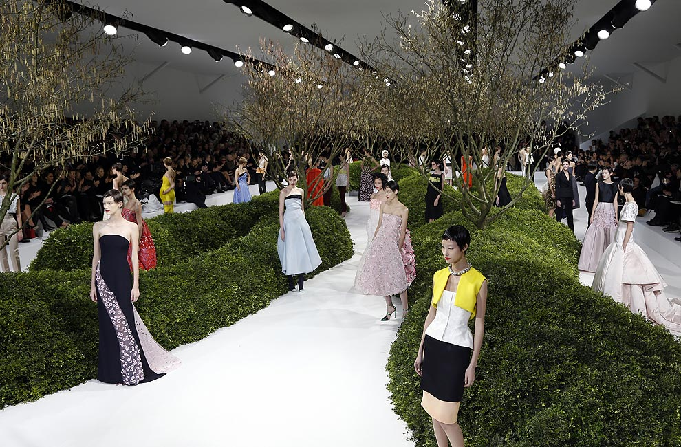 Dior Alta Costura: Raf Simons presenta su segunda colección 'Haute Couture' para la casa francesa