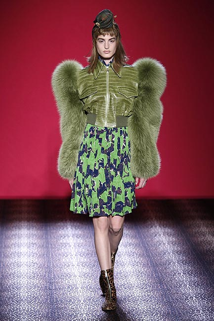 Detalles 'Haute Couture' de la mano de la firma Schiaparelli