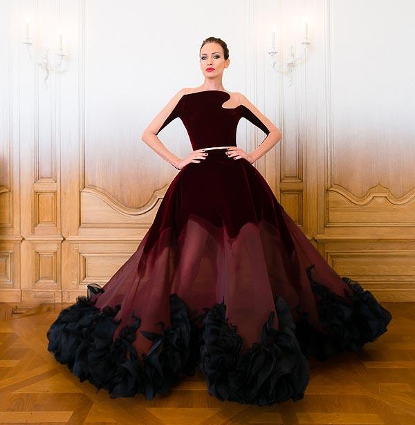 Nieves Álvarez, estrella de la cinematográfica presentación 'Haute Couture' de Stepháne Rolland