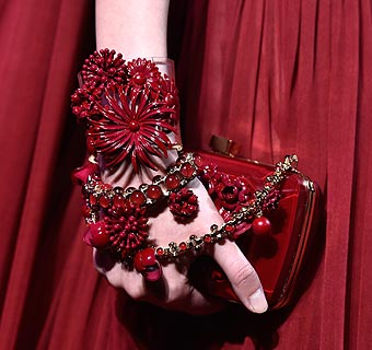 Directo desde París: Los accesorios 'Haute Couture' de Elie Saab para el otoño-invierno 2014-2015