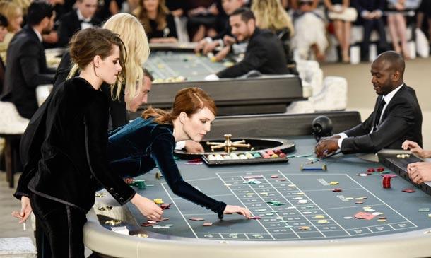 ¡Hagan sus apuestas! ¿Qué ha sucedido en el 'front row' de Chanel?