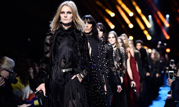 Givenchy, Elie Saab, Balenciaga... París y su fin de semana 'de moda'