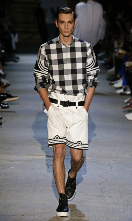Mil n fashion week as se vestir n los hombres el verano for Tendencias moda verano 2017