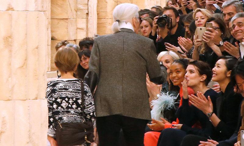 Karl Lagerfeld rediseña su 'front row' con acento español