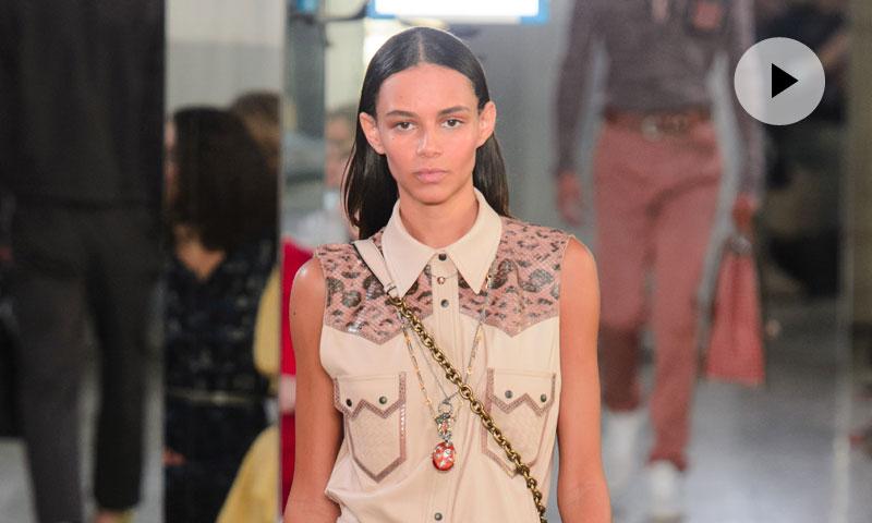 Cuando la moda se olvida de las estridencias, por Bottega Veneta