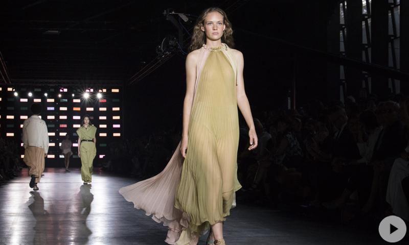 Milan Fashion Week: el desfile de Alberta Ferretti Primavera/verano 2019 en vídeo