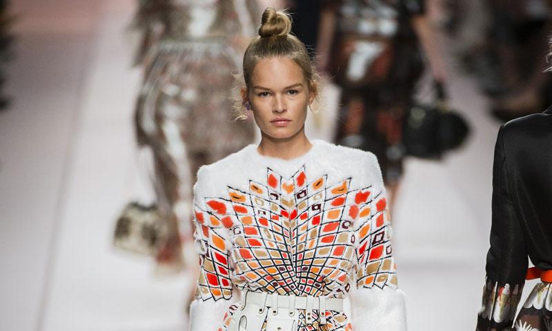 La exótica y romántica visión de Karl Lagerfeld con sus propuestas para Fendi