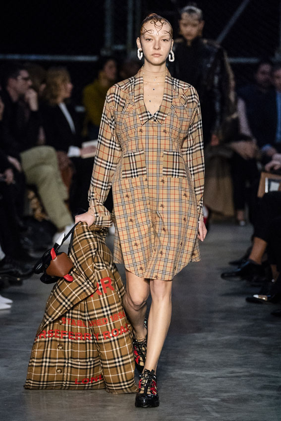 London Fashion Week: Burberry otoño-invierno 2019-2020.