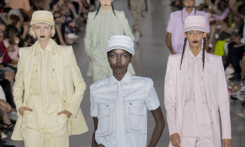El traje sastre se reinventa en Milán, por Max Mara
