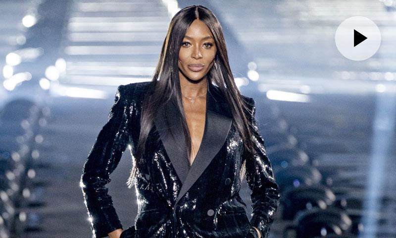 Naomi Campbell, estrella del último desfile de Saint Laurent en París