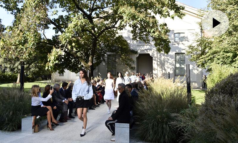 ¿Te perdiste el elegante y minimalista desfile de Salvatore Ferragamo?