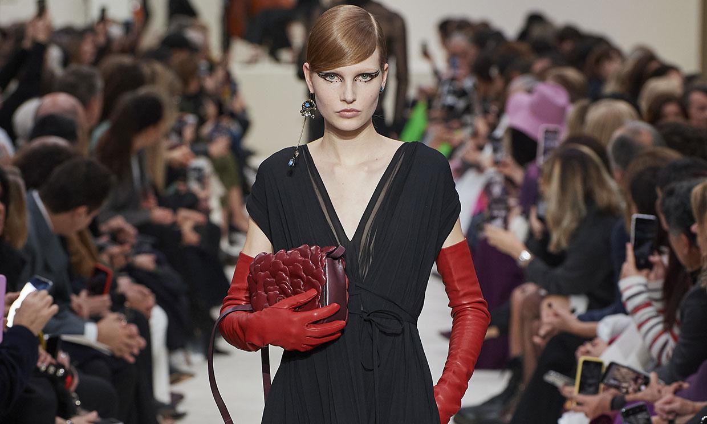 Valentino adelanta los vestidos de fiesta que triunfarán sobre la alfombra roja