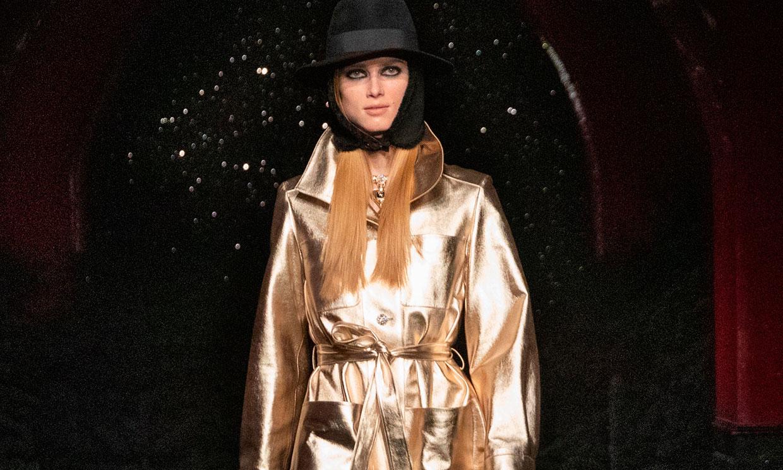 Chanel conquista París con su colección más discotequera